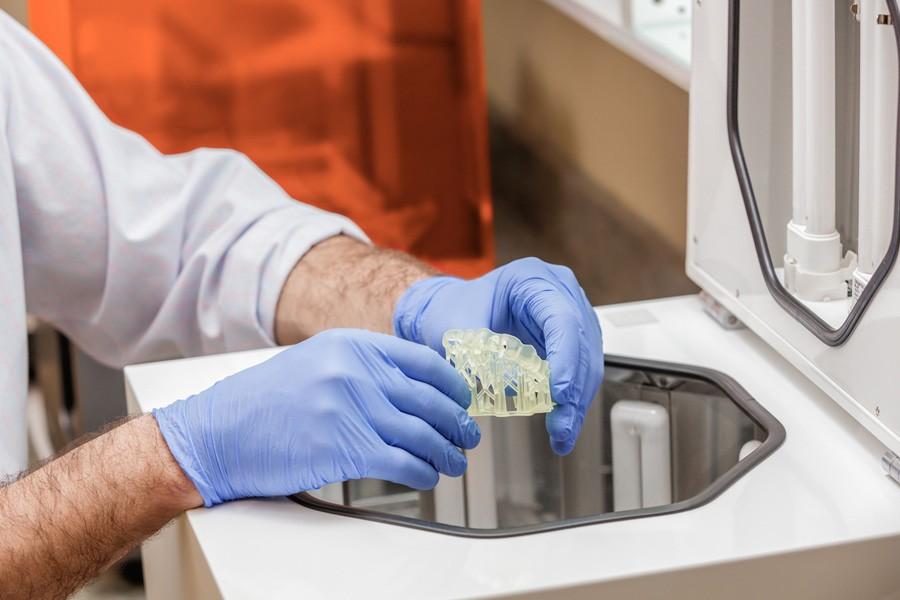 dental 3d printer 1 - Подбор материалов для 3D-печати в стоматологии?